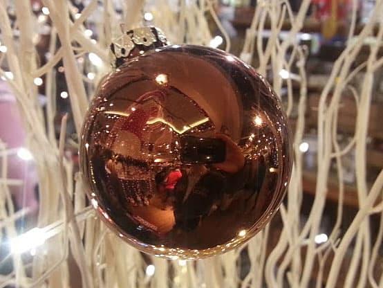 Weihnachtskugeln braun for Weihnachtskugeln altrosa