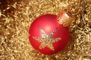 Rote Weihnachtskugeln / Christbaumkugel