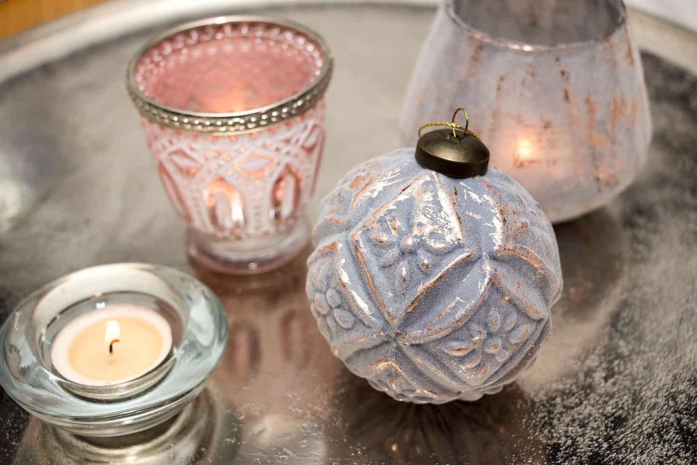 shabby chic weihnachtskugeln online kaufen angebote und dekotipps. Black Bedroom Furniture Sets. Home Design Ideas
