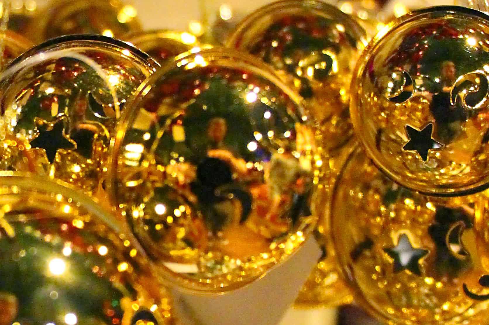 Weihnachtskugeln gold weihnachtskugeln for Weihnachtskugeln altrosa