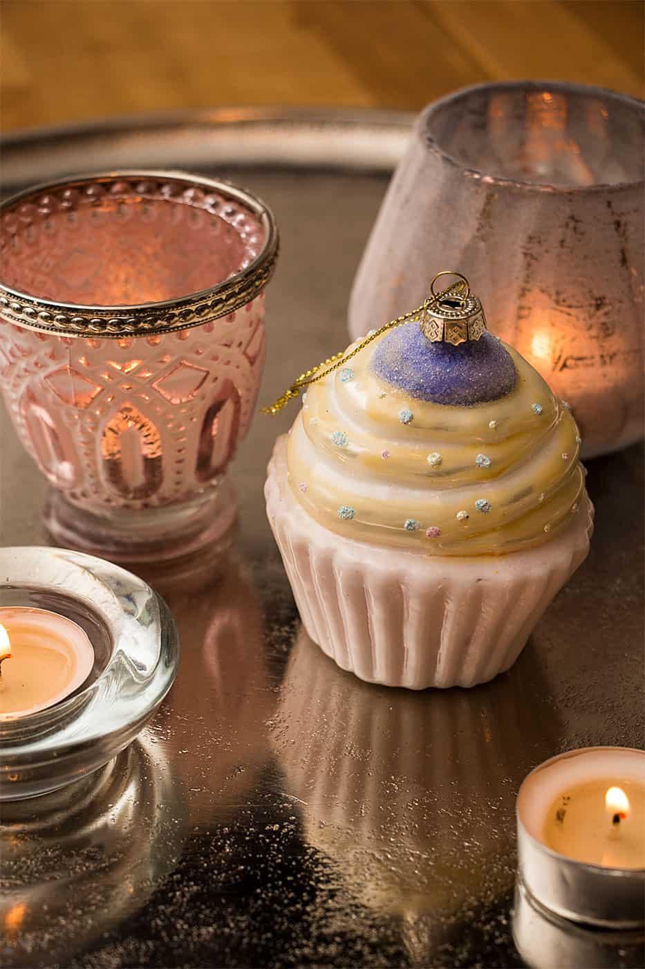 Cupcake weihnachtskugeln christbaumschmuck in cupcake form - Weihnachtskugeln cappuccino ...