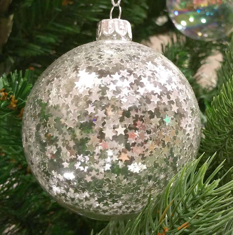 Christbaumkugeln Kunststoff Weiß.Weihnachtskugeln Extravagant Originelle Abwechslung Am Tannenbaum