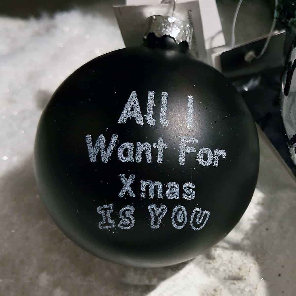 Schwarz Weiße Christbaumkugeln.Jetzt Weihnachtskugeln Schwarz Entdecken Und Online Bestellen