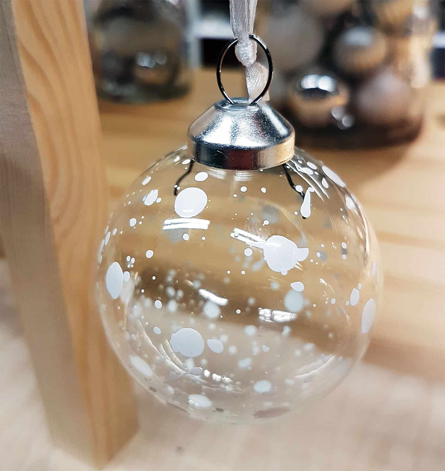 Christbaumkugeln durchsichtig glas