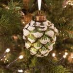 Weihnachtskugel Zapfen