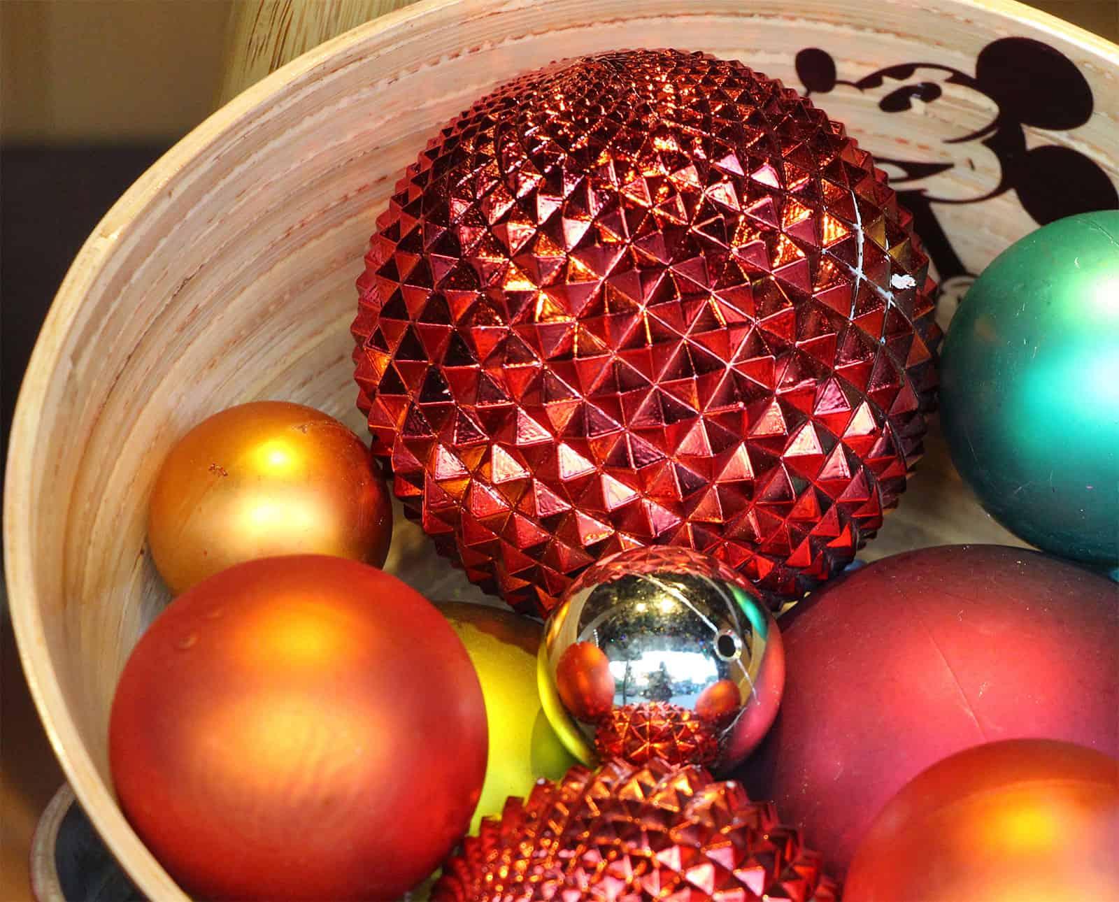 Ausgefallene muster und motive bei weihnachtskugeln - Weihnachtskugeln durchsichtig ...