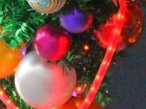 kunststoff-weihnachtskugeln