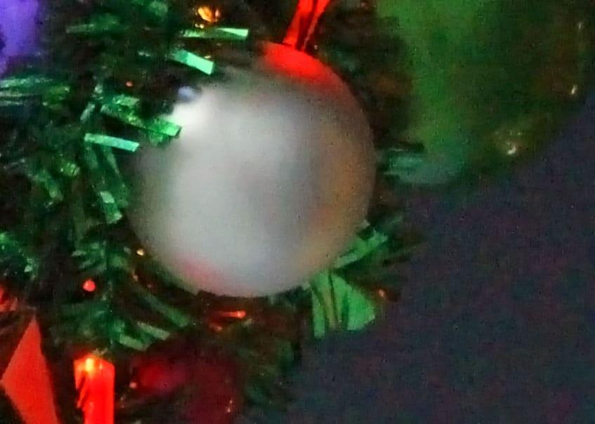 Weihnachtskugeln wei weihnachtskugeln - Christbaumkugeln grau ...